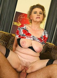 Chinese milf pussy