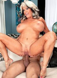 Mature porn photo